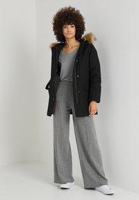 Canadian Classics - LINDSAY - Down coat - black - 1