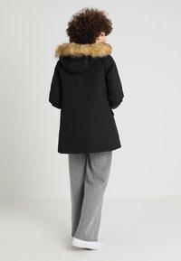 Canadian Classics - LINDSAY - Down coat - black - 2