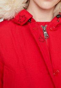 Canadian Classics - LINDSAY - Down coat - bright red - 6