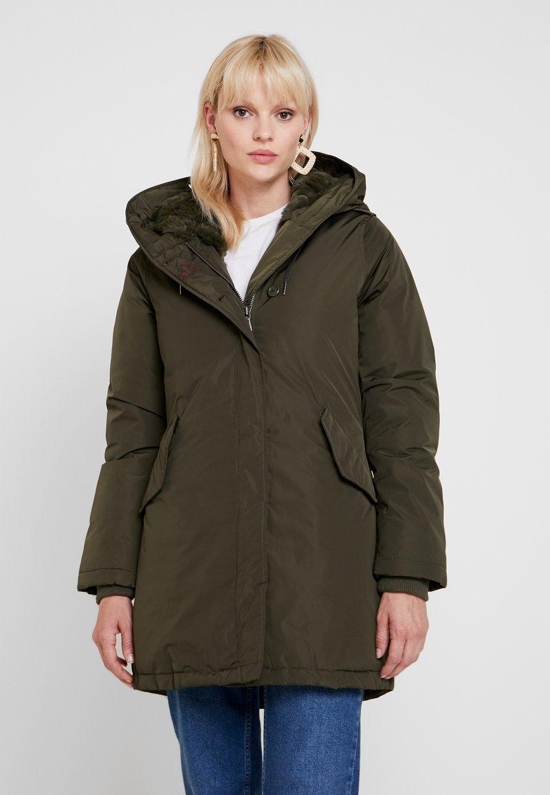 Canadian Classics - LANIGAN - Winter coat - army