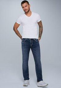 Camp David - MIT KNOPFVERSCHLUSS UND USED LOOK - Straight leg jeans - dark blue - 1