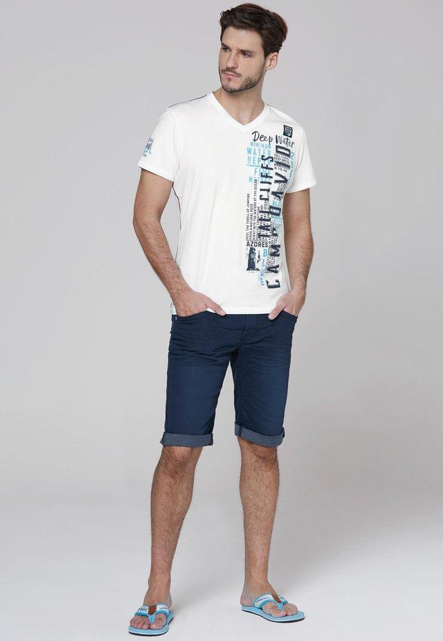 Print T-shirt - new white