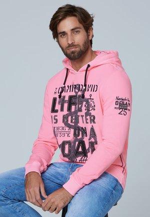 MIT GROSSEM FRONTARTWORK - Hoodie - neon pink