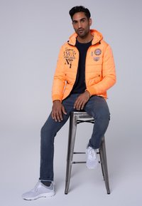 Camp David - MIT KAPUZE - Winter jacket - neon yellow - 1