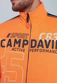 Camp David - Zip-up hoodie - neon fire - 3