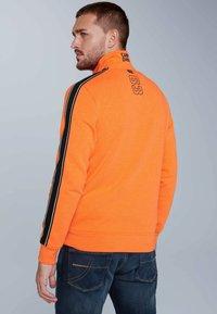 Camp David - Zip-up hoodie - neon fire - 2