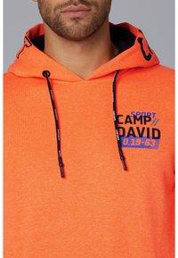 Camp David - Hoodie - neon fire - 3