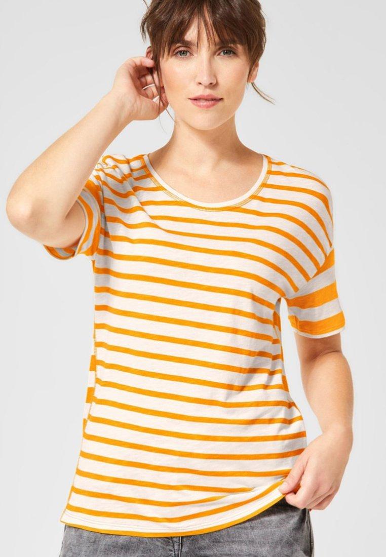 Cecil - MIT STREIFEN - T-Shirt print - orange