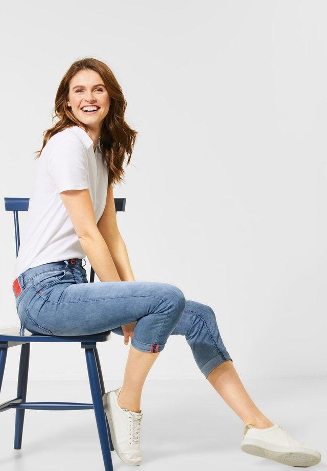 DENIM MIT FEINEN STREIFEN - Slim fit jeans - blau
