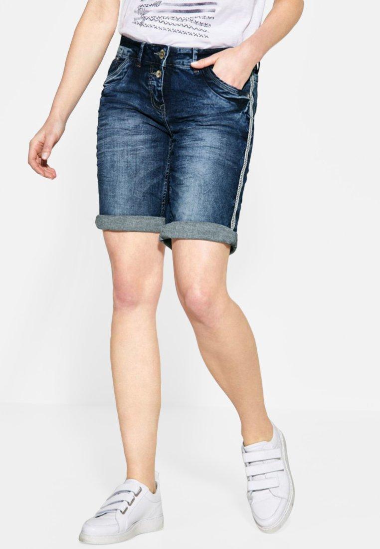 Cecil - MIT GALON - Jeans Shorts - blue