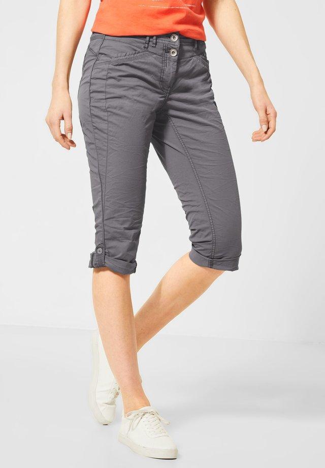 IM COLOUR-STYLE - Shorts - grau