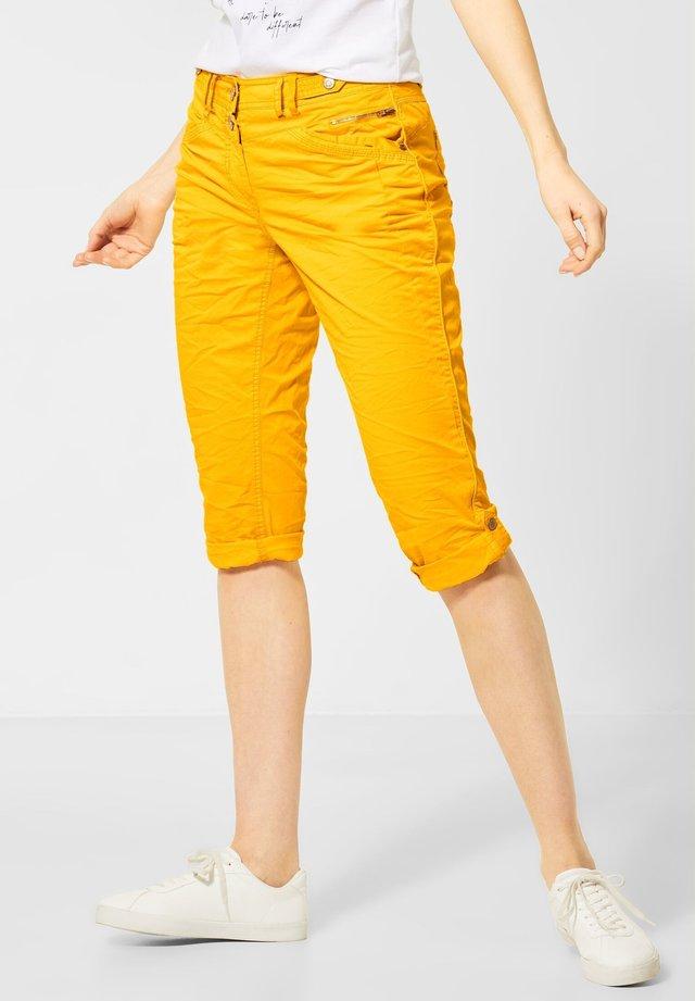 IM COLOUR-STYLE - Shorts - orange