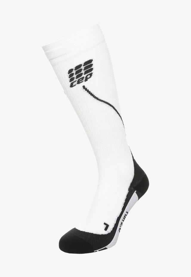 PROGRESSIVE+ RUN 2.0 - Sportsokken - white/black