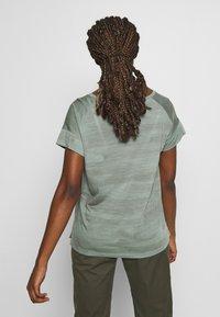 Icebreaker - VIA SCOOP - T-shirts print - shale - 2