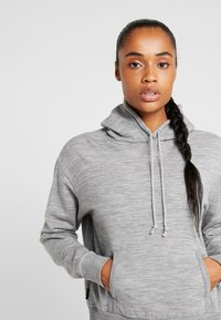 Icebreaker - TABI REAL FLEECE PULLOVER HOODY - Huppari - heather - 3