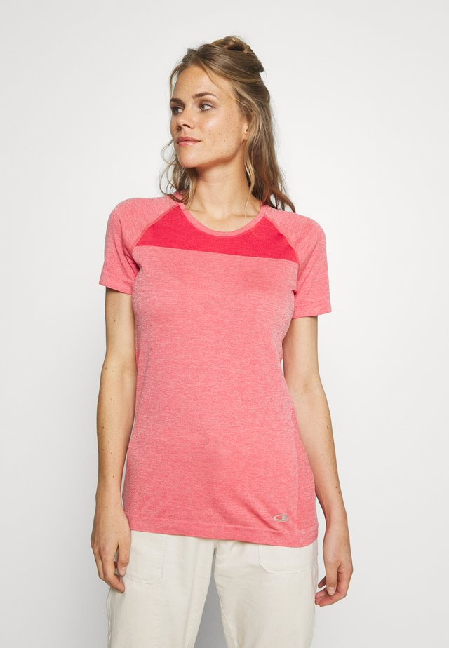 MOTION SEAMLESS CREWE - T-Shirt basic - red