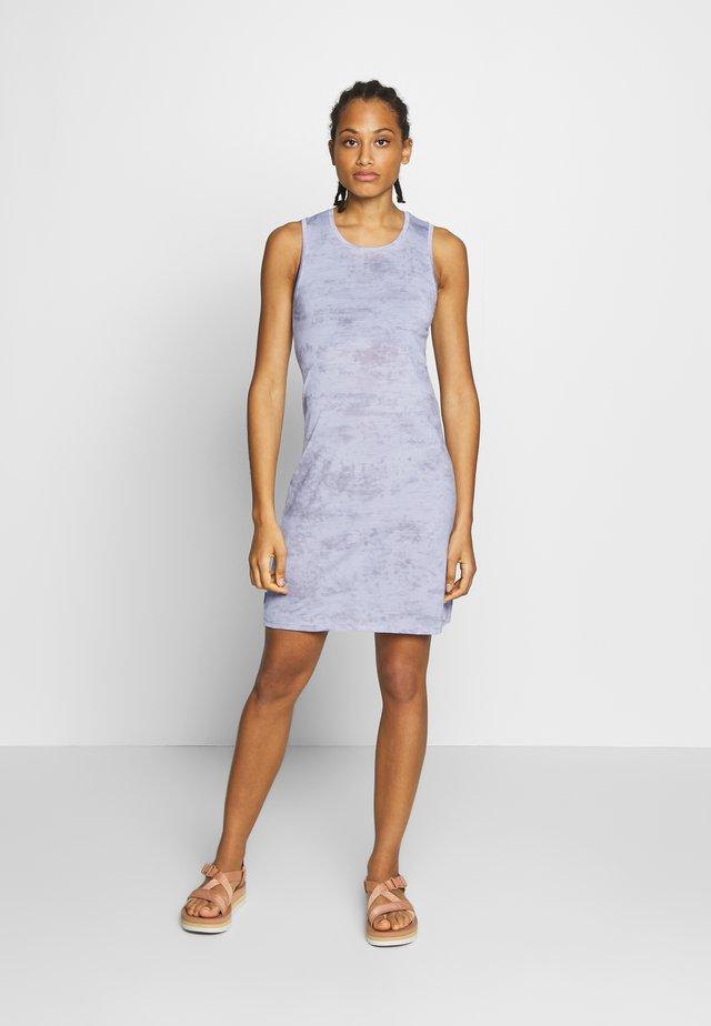 YANNI SLEEVELESS DRESS - Sportovní šaty - mercury heather