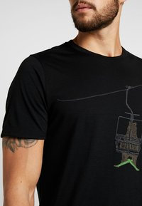 Icebreaker - BEAR LIFT - T-Shirt print - black - 5