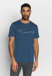 Icebreaker - TECH LITE CREWE CADENCE PATHS - T-shirts print - estate blue - 0
