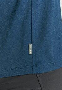 Icebreaker - TECH LITE CREWE CADENCE PATHS - T-shirts print - estate blue - 5