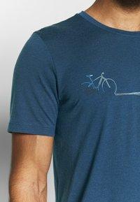 Icebreaker - TECH LITE CREWE CADENCE PATHS - T-shirts print - estate blue - 3