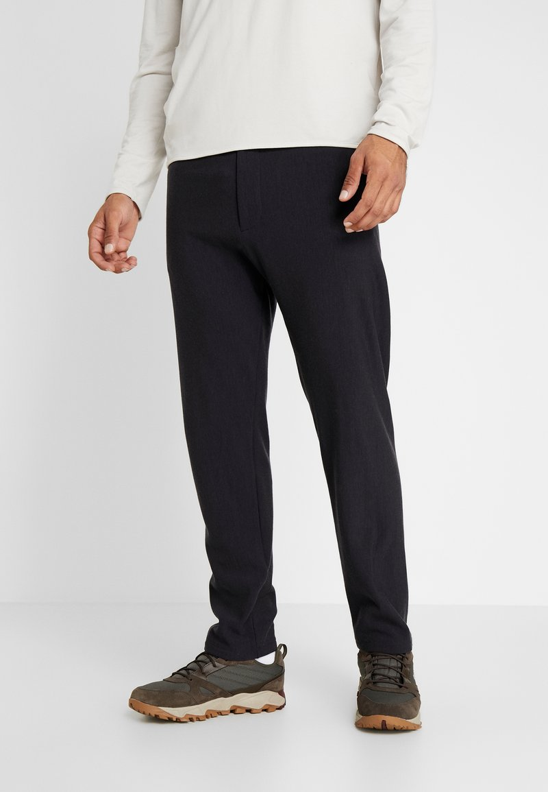 Icebreaker - TABI REAL PANTS - Tracksuit bottoms - deep midnight