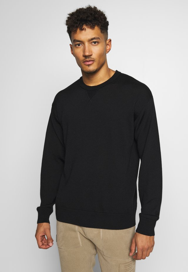 NOVA  - Strickpullover - black