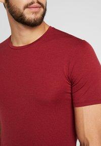Icebreaker - ANATOMICA - T-Shirt basic - cabernet - 5