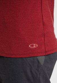 Icebreaker - ANATOMICA - T-Shirt basic - cabernet - 3
