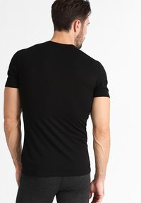 Icebreaker - ANATOMICA - Basic T-shirt - black/monsoon - 2