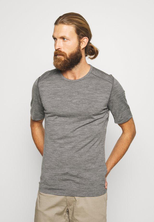 Undershirt - gritstone heather