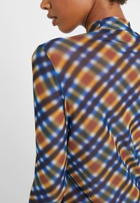 Opening Ceremony - Langærmede T-shirts - french blue/multi - 5