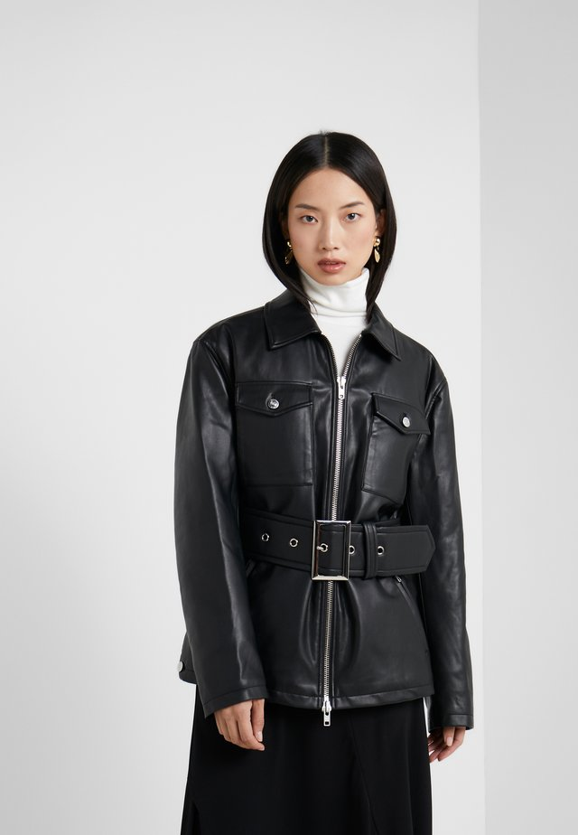 BELTED FAUX LEATHER JACKET - Læderjakker - black