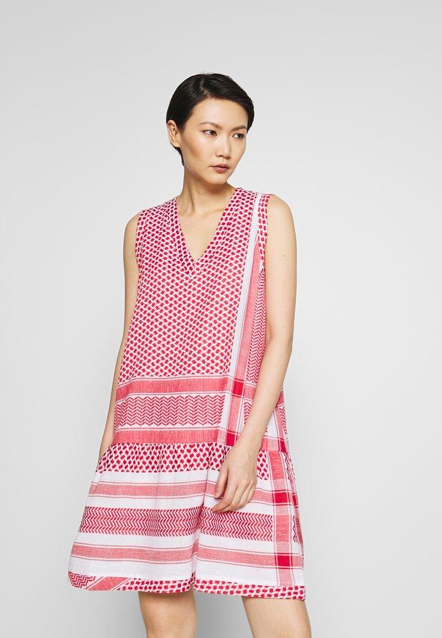 DRESS - Korte jurk - tomato