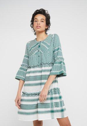 JADE DRESS - Skjortklänning - pepper