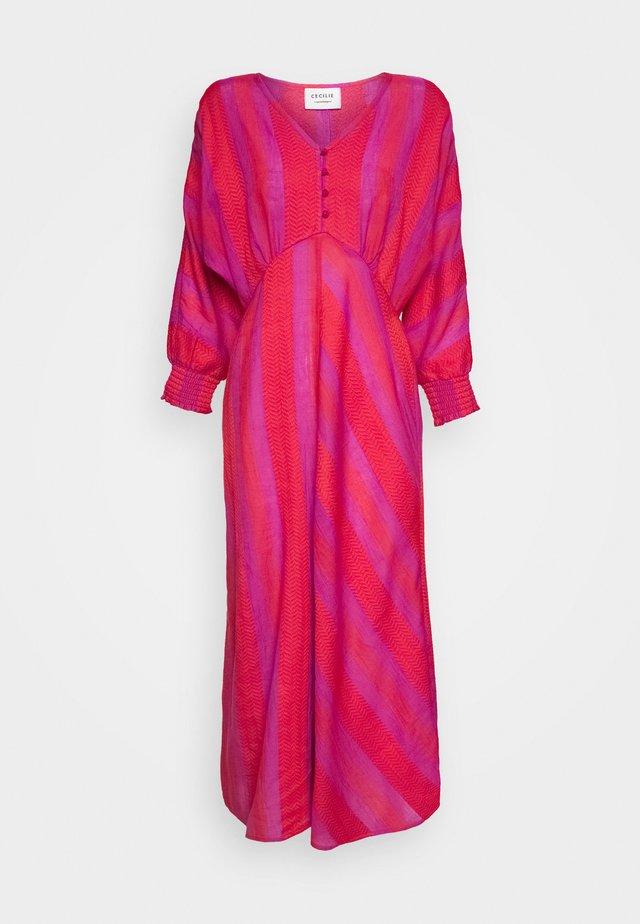 ALBA - Day dress - fuchsia