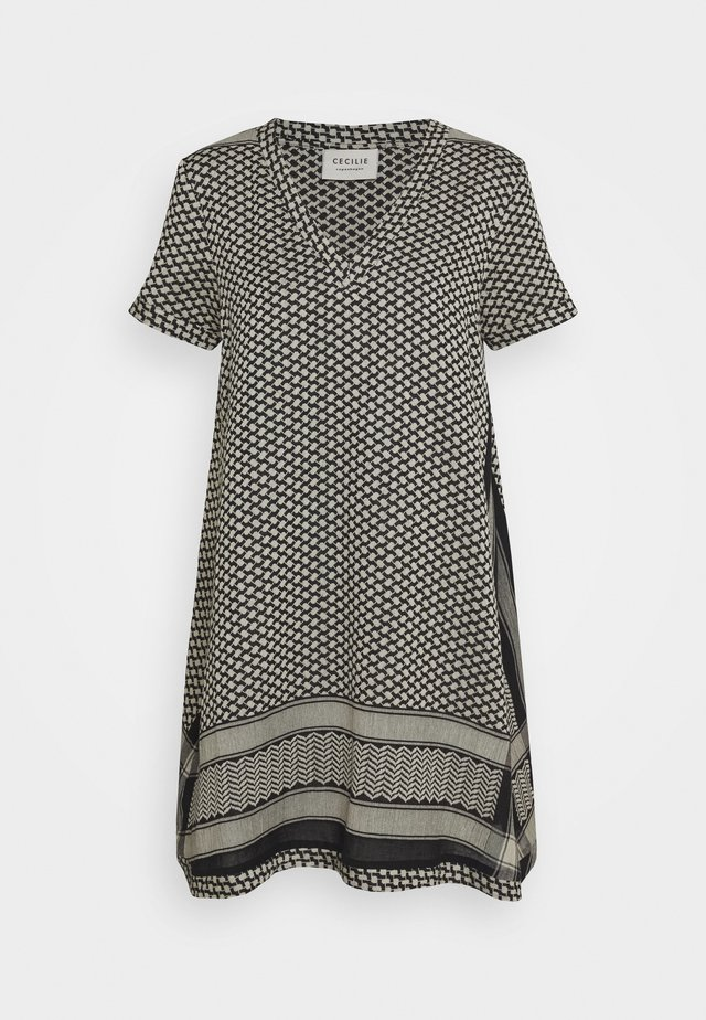 DRESS - Korte jurk - black/stone