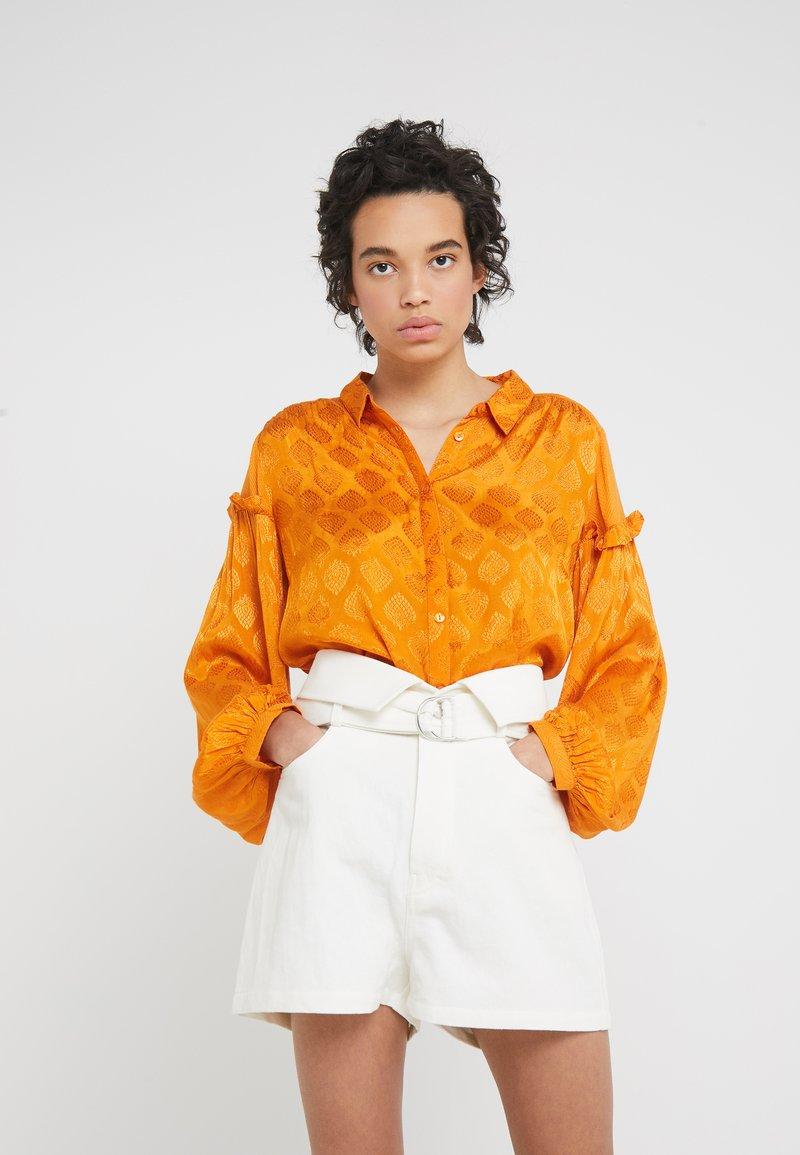 CECILIE copenhagen - VALERIE - Button-down blouse - tumeric