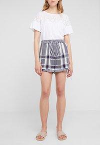CECILIE copenhagen - BASIC - Shorts - night - 0