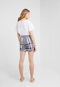 CECILIE copenhagen - BASIC - Shorts - night - 2