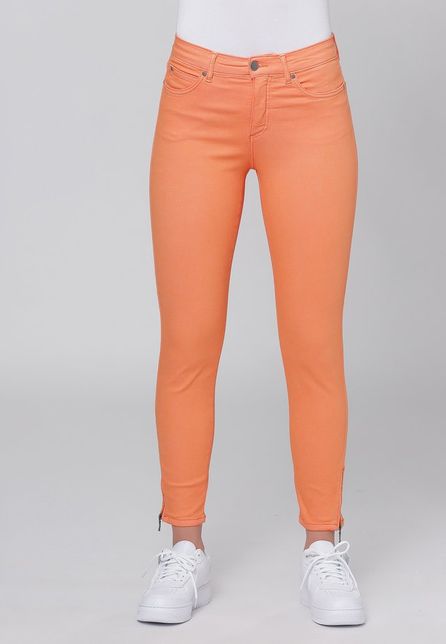 CERO & ETAGE PANTS - Slim fit -farkut - orange