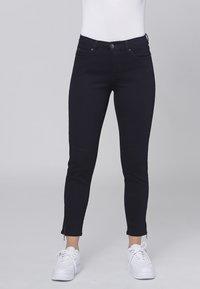 Cero & Etage - CERO & ETAGE PANTS - Jeans slim fit - dark blue - 0