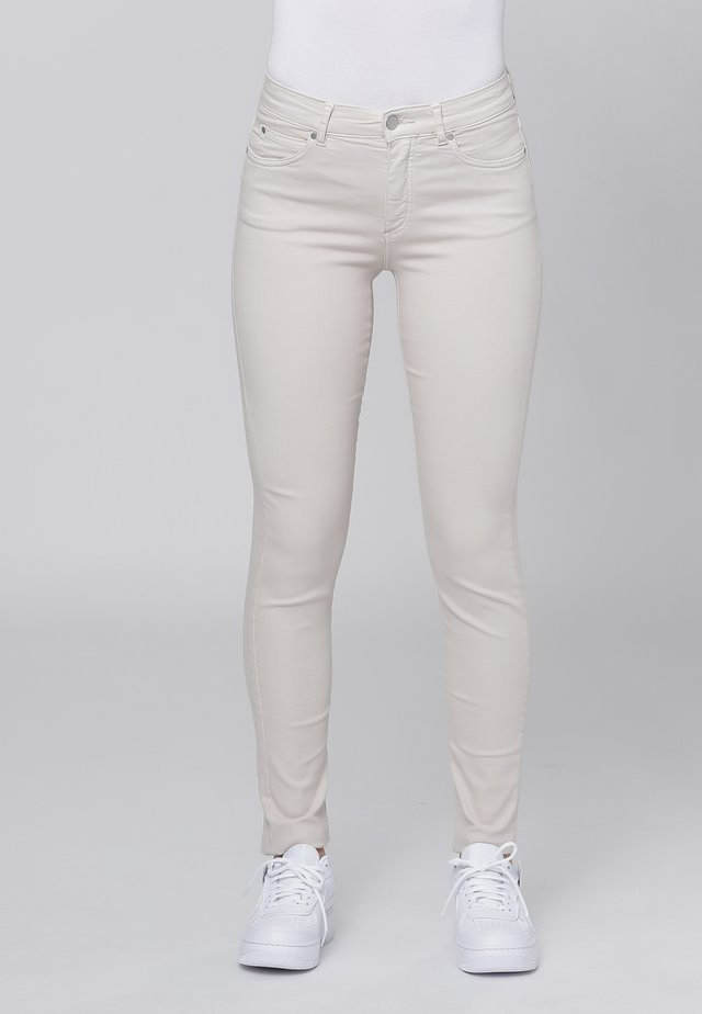 Slim fit jeans - sand