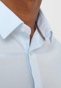 CELIO - MASANTAL - Camicia elegante - bleu ciel - 6