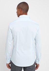 CELIO - MASANTAL - Camicia elegante - bleu ciel - 2