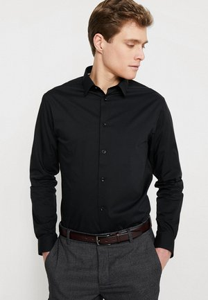 MASANTAL - Kostymskjorta - noir