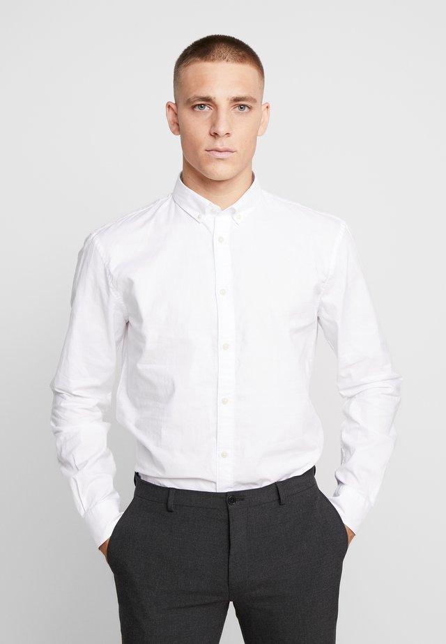 NAPINPOINT - Skjorta - white
