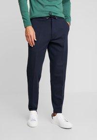 CELIO - POABY - Pantalon classique - marine - 0