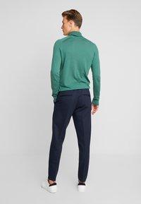 CELIO - POABY - Pantalon classique - marine - 2
