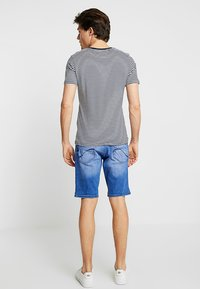 CELIO - NOBROB - Denim shorts - blue - 2